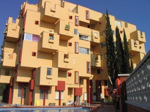 El castell de Kafka, de Ricardo Bofill, en una fotografia recent