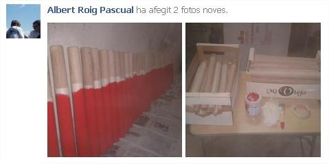 Del perfil de l'Albert Roig a Facebook, imatge en què mostra com pinta els bastons